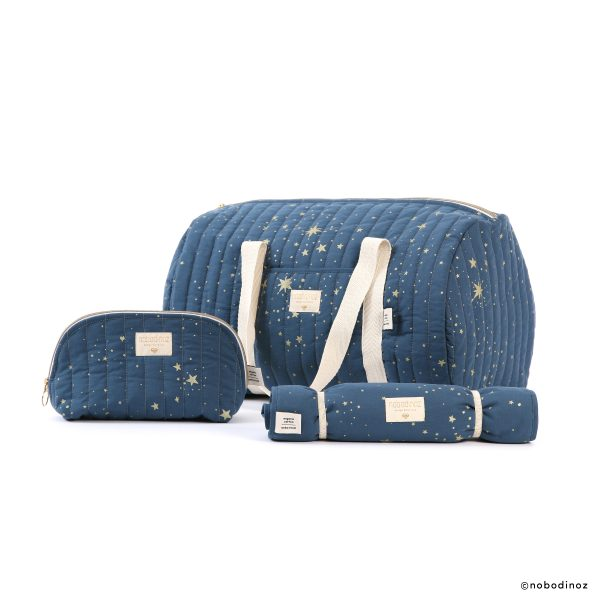holidays-vanity-case-new-york-week-end-bag-nomad-changing-pad-combinaison-gold-stella-night-blue-nobodinoz-3